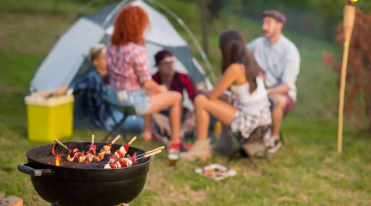BBQ'en op de camping: tips, regels en meer